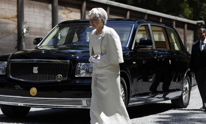 สมเด็จพระจักรพรรดินีมิชิโกะ ประชวรด้วยโรคมะเร็งเต้านม ระยะแรก
