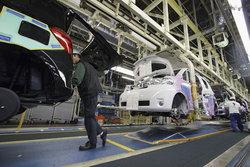 โตโยต้าประกาศลดกำลังผลิต 3 โรงงานในไทย