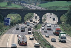 อังกฤษเล็งเพิ่มความเร็วสำหรับจำกัดความเร็ว