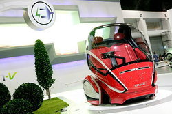 Motor expo 2011 : Chevrolet EN-V วิสัยทัศน์แห่งอนาคต เมื่อรถคุยกันรู้เรี่อง