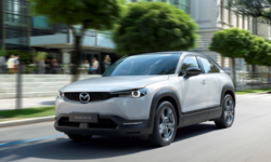 Mazda MX-30 ประเดิมเปิดตัวรถยนต์ไฟฟ้าเน้นประโยชน์ใช้สอย ณ แดนปลาดิบ