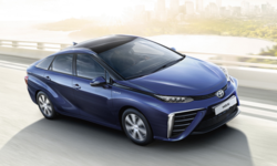 Toyota Mirai รถยนต์พลังงานไฮโดรเจนเจเนอเรชั่นใหม่เตรียมให้ยลโฉมในปี 2020