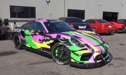 แค่สีสันก็กินขาด! Porsche 911 GT3 RS กับความแรงระดับ 800 แรงม้า (คลิป)