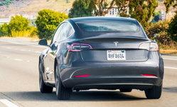 ไฟเขียว! Tesla Model 3 ได้รับอนุมัติจากรัฐบาลจีนให้ขายรถยนต์ที่ผลิตในแดนมังกรได้ยาวๆ