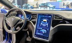 SAE จะแตะระดับ 5! Elon Musk เผยรถยนต์ Tesla เข้าใกล้การไม่มีมนุษย์ช่วยขับ
