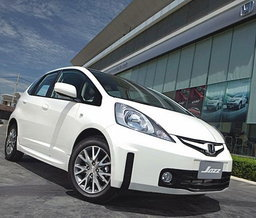 "ใหม่ HONDA JAZZ ""ACTIVE PLUS"""