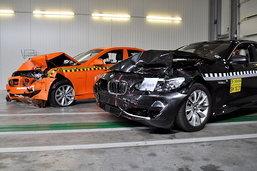 BMW    ซีรี่ย์ 5 กับมาตรฐาน Euro NCAP 5 ดาว