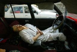 ไขปริศนา...นอนในรถ..ทำไมถึงตายได้??