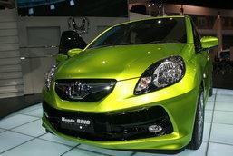ME 2010 : เจาะใจ Brio สเป็คอีโค่คาร์ Honda ที่น่าจะเป็น