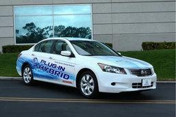 Honda Accord Plug-in Hybrid มาแน่อีก 3 ปีเจอกัน