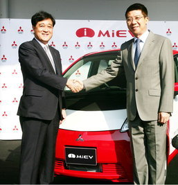 MITSUBISHI จับมือรัฐบาลไทยร่วมทดสอบรถยนต์ขับเคลื่อนด้วยพลังงานไฟฟ้า