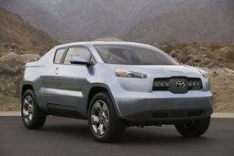 Toyota เปิดใจอาจมี Prius Pickup