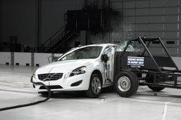 IIHS ชู Volvo S60 ยอดปลอดภัย
