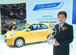 Nissan กวาด 3 รางวัล Thailand Car of the year 2011