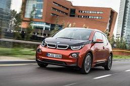 ฉะแหลก! BMW i3 ถูกเปรียบเหมือนเฟอร์นิเจอร์ IKEA