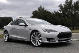 หนุ่มจีนโผล่อ้างชื่อ 'Tesla' เป็นของตัวเองเฉย!