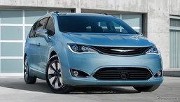 2017 Chrysler Pacifica/Pacifica Hybrid มินิแวนดีไซน์ล้ำเปิดตัวที่แล้วที่สหรัฐฯ