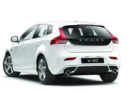Volvo V40/V60 Dynamic Edition 2018 ใหม่ เริ่มวางจำหน่ายในไทย ราคาเริ่ม 1,690,000 บาท