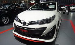 Toyota Yaris ATIV 2018 ใหม่ พร้อมชุดแต่ง TRD ราคา 16,000 บาทที่มอเตอร์โชว์