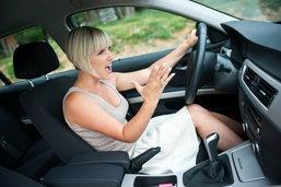 """5 อันดับพฤติกรรมขับรถยอดแย่ ที่ทุกคนต้องร้อง """"ยี้"""""""