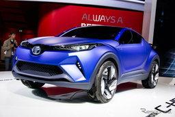 Toyota เตรียมลุยครอสโอเวอร์เล็กพื้นฐาน 'C-HR' ต่อกร 'Nissan Qashqai'