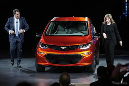 Chevrolet Bolt EV ใหม่ คอมแพ็คขุมพลังไฟฟ้าเปิดตัวแล้วที่ดีทรอยต์มอเตอร์โชว์ 2016