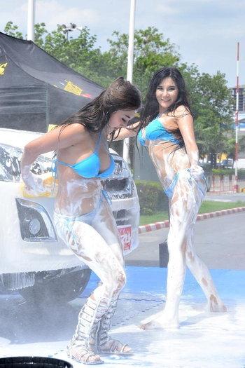 ล้างรถเซ็กซี่