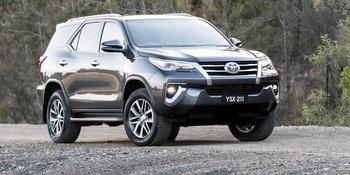 Toyota Fortuner 2018 AU Spec
