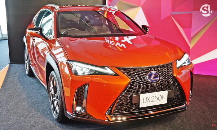 Lexus UX250h 2019 ใหม่ เปิดตัวในไทย 3 รุ่นย่อย ราคาเริ่มต้น 2.49 ล้านบาท