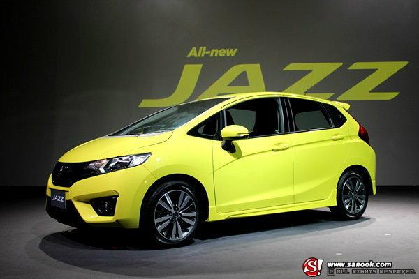 ราคารถใหม่ในตลาดรถยนต์ ประจำเดือนมิถุนายน 2557