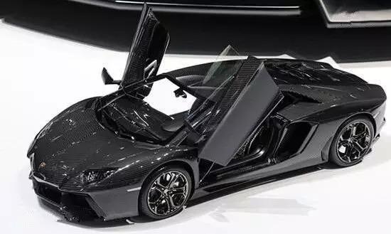 อึ้ง! รถโมเดล Lamborghini Aventador คันนี้ ราคาแพงกว่าของจริง 12 เท่า!