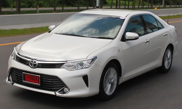รีวิว 2016 Toyota Camry 2.5G ใหม่ ตัวท็อปรุ่นเบนซิน เพิ่มอ็อพชั่นคุ้มค่าน่าใช้