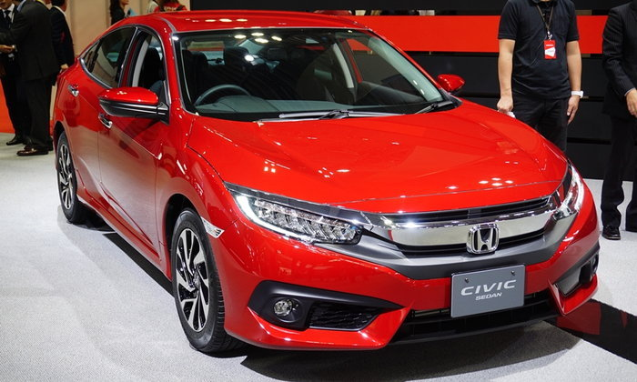 ของจริง! Honda Civic 2017 ตัวถังสีแดงก่อนเข้าไทยเดือน พ.ย.นี้