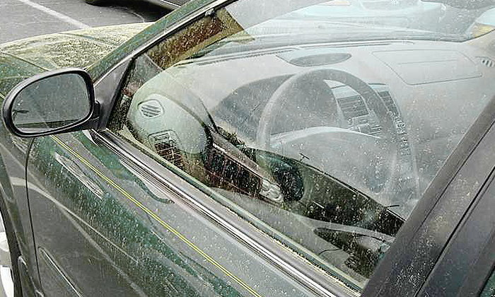 วิธีขจัดคราบน้ำ-คราบหินปูน บนกระจกรถยนต์