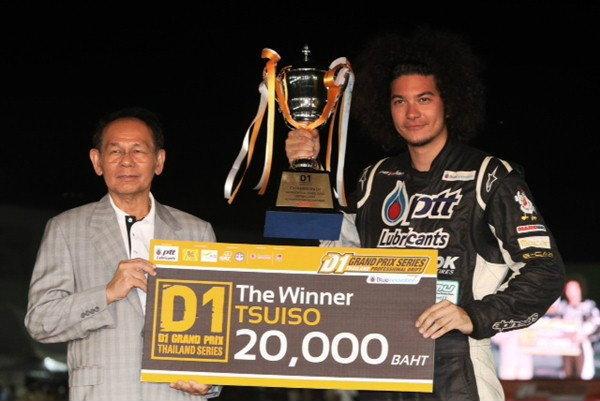 เดร-เอ็ม กอดคอนำ PTT Performa Drift Team คว้าแชมป์