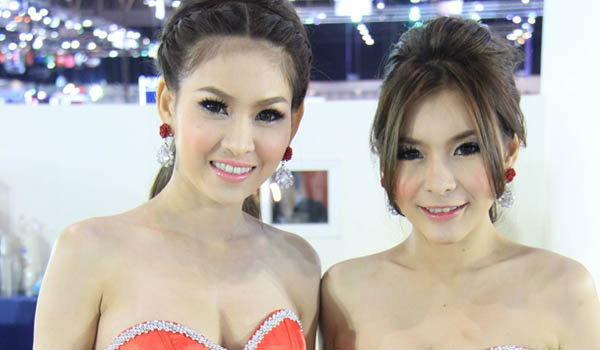 พริตตี้ KIA Motor Expo 2012