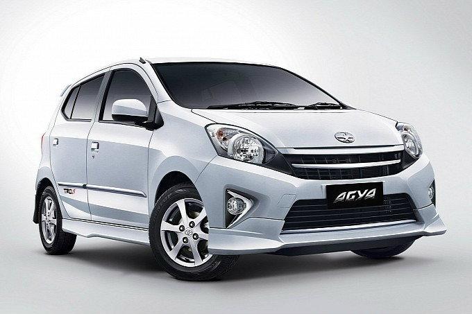 แอบดู  Toyota Agya  หรือคันนี้ คือว่าที่อีโค่คาร์บ้านเรา