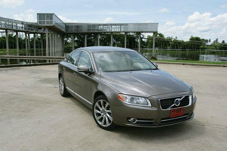 ราคารถยนต์ใหม่  Volvo ประจำเดือนมกราคม 2556