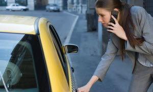 เจาะปัญหา คนกรุง กับ แท็กซี่ คู่กัดใหม่บนท้องถนน