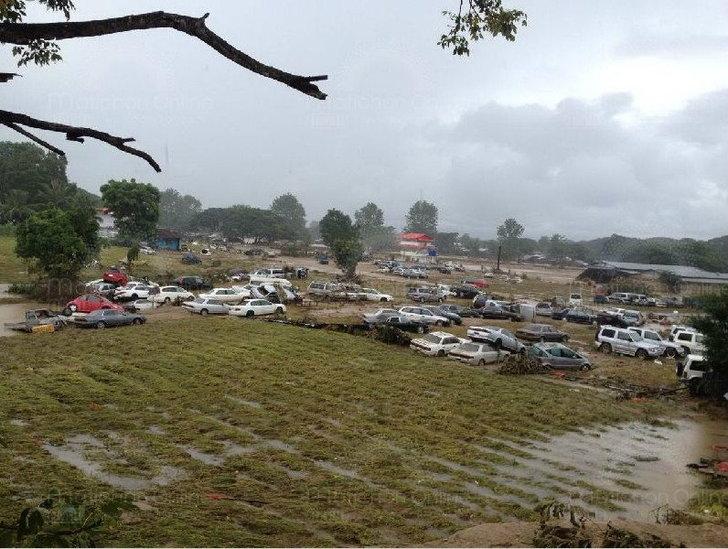รถมือ 2-รถหรูญี่ปุ่นเตรียมส่งขายพม่ากว่า 4,000 คันจมบาดาล ที่ จ.ตาก