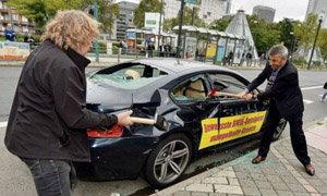 คลิป เศรษฐีอิตาลีทุบ BMW ของตัวเองประจานโชว์ เหตุเกียร์พัง