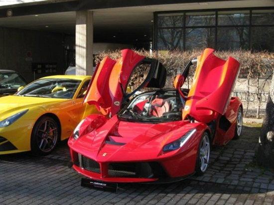 Ferrari LaFerrari มือสองคันนี้ 92 ล้าน!
