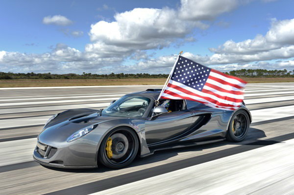 Hennessy Venom GT ขึ้นแท่นรถยนต์ที่เร็วที่สุดในโลก