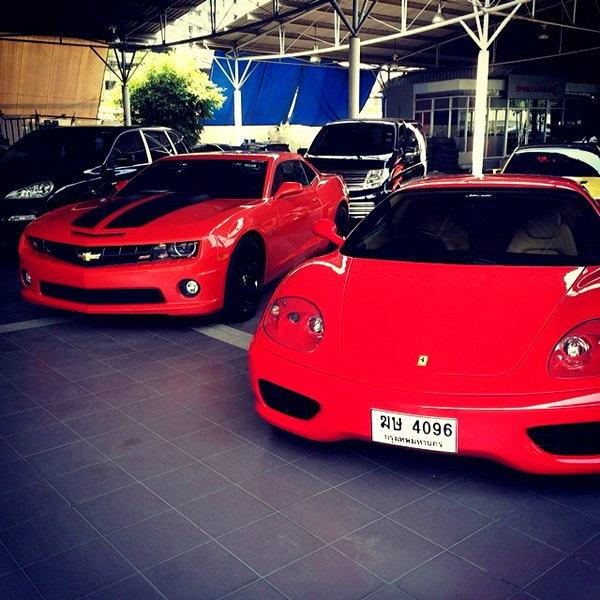 """ว้าว! 'Ferrari 360 Modena' รถงานแต่งคันงาม """"อั้ม-นัท"""""""