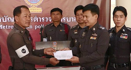 ตำรวจแจก 1 หมื่นจับประชาชนติดสินบน สมควรแล้วหรือ?