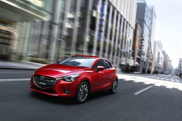 มาแน่! Mazda 2 อีโคคาร์ดีเซลรายแรก ประหยัด 29 กม./ลิตร