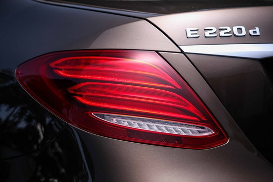 2017 Mercedes-Benz E-Class โมเดลเชนจ์ใหม่ เตรียมเปิดตัวที่งานบางกอกมอเตอร์โชว์ 2016