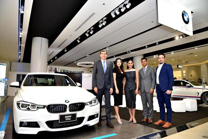 เผยโฉม BMW Studio Amorn Prestige สตูดิโอหรูค่ายบีเอ็มฯใจกลางฟิวเจอร์พาร์ครังสิต
