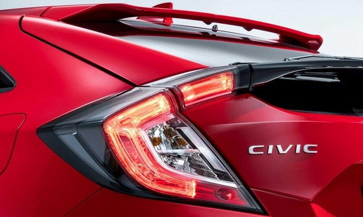 2017 Honda Civic Hatchback เผยทีเซอร์ของจริงที่ยุโรปแล้ว