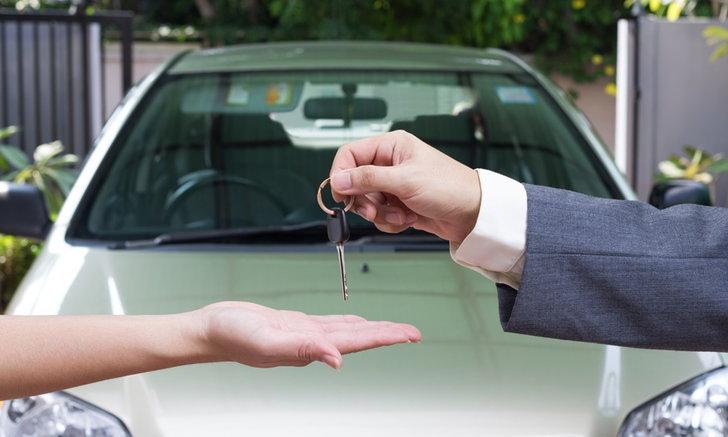 5 สิ่งที่ควรทำ 'ทันที' เมื่อซื้อรถมือสอง